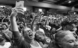 Hậu bầu cử Tổng thống Mỹ: Bi hài kẻ cười, người khóc vì cá cược