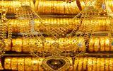 Giá vàng hôm nay 1/12: Vàng chưa có dấu hiệu ngừng giảm giá