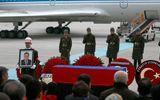 Máy bay đưa thi thể Đại sứ Nga bị ám sát về Moscow