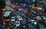 Hà Nội nghiên cứu đề án thu phí ô tô vào nội đô
