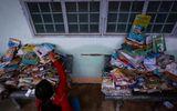 Hưng Thịnh Corp trao tặng 3 triệu cuốn vở cho học sinh vùng lũ