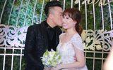 """Hari Won lộng lẫy, Trấn Thành """"cười không khép miệng"""" trong tiệc cưới xa hoa"""