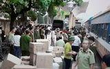 Bắt giữ hàng lậu vận chuyển bằng tàu hỏa Lạng Sơn - Hà Nội