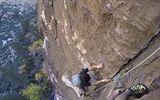 Liều nhất trái đất: Tay không leo núi dựng đứng