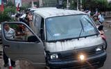 Xe chở gỗ lậu lao vào lực lượng tuần tra, 1 chiến sĩ bị thương