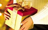 Bộ Công an nghiêm cấm tặng quà Tết cấp trên dưới mọi hình thức