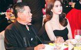 Ngọc Trinh rạng rỡ bên bạn trai tỷ phú đón tiếp khách ở Thượng Hải