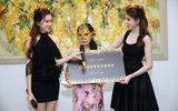 Nữ đại gia giấu mặt bỏ gần 19 tỷ mua siêu SIM 0989999999 của Ngọc Trinh
