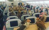Hoàng tử Ả rập mua vé máy bay cho 80 con diều hâu