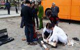 Hà Nội: Thùng phuy phát nổ khiến thợ hàn gãy cả hai chân