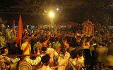 Lễ khai Ấn đền Trần 2017: Không còn cảnh tranh cướp lộc trên ban thờ