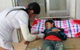 Vụ 8 người chết ở Lai Châu: Trẻ em, phụ nữ không uống rượu vẫn bị ngộ độc
