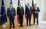 Tin thế giới - Bộ trưởng Ngoại giao Ukraine gây chú ý vì mặc vest quá chật