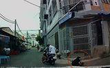 Clip: Bị cướp giật dây chuyền, người phụ nữ ngã nhào xuống đường