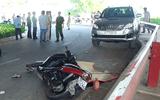 Người đàn ông nằm chết bí ẩn bên đường ở Sài Gòn