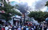 """""""Bà hỏa"""" thăm quán kem ở Nha Trang, khách hàng nháo nhào chạy"""