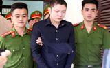 An ninh - Hình sự - Hoãn phiên tòa xử tài xế taxi sát hại nữ giám thị, vứt xuống sông phi tang