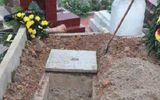 Nam thanh niên xưng quản trang đào mộ người vừa chết tìm vàng thỏi