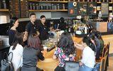 Cần biết - Trải nghiệm cà phê phong cách mới tại cửa hàng Starbucks Somerset