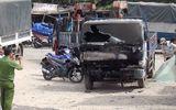 Tin trong nước - Chiếc xe tải đang đỗ bốc cháy dữ dội, lửa bén sang 3 nhà dân