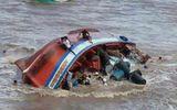 Vụ chìm tàu tại lễ hội Nghinh Ông: Đã tìm thấy thi thể cô gái mất tích