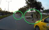 Cảnh sát rượt đuổi 10km bắt kẻ cướp túi xách của người đi đường