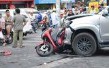 Tai nạn liên hoàn, thanh niên đi SH bị ép chặt giữa 2 ô tô