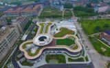 24h qua ảnh: Tòa nhà hình khúc xương ở Trung Quốc