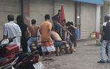 An ninh - Hình sự - Điều tra vụ nhóm côn đồ đánh đập đôi nam nữ bán trà sữa