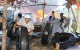 Cháy lớn tại bãi thu mua lốp xe, hàng trăm người hoảng loạn