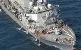 Tàu khu trục Mỹ đâm tàu hàng Philippines là do đâu?