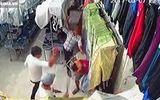 Vụ côn đồ chém người trong cửa hàng mỹ phẩm: Bắt khẩn cấp 2 nghi phạm