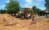 Tin trong nước - Tìm thấy bia mộ vợ vua nhà Nguyễn tại khu vực san ủi bãi xe