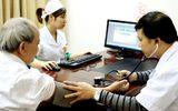 Bệnh viện Bạch Mai khám miễn phí bệnh nhân sa sút trí tuệ tuổi già
