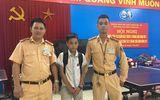 Hà Nội: CSGT giúp cháu bé 14 tuổi ở Phú Thọ tìm lại gia đình