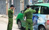 """Rút súng bắn vào xe taxi vì thấy tài xế đỗ xe """"láo"""""""