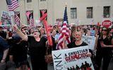 Tin thế giới - Mỹ quyết định tạm ngừng trục xuất hơn 1.400 người nhập cư Iraq