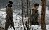 Trung Quốc an ninh sát Triều Tiên, đào hầm cho dân thường