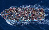 Liên Hợp Quốc cảnh báo: Thủ đoạn ném dân tị nạn xuống biển