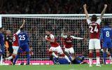 Arsenal đánh bại Leicester tại trận khai mạc Ngoại hạng Anh