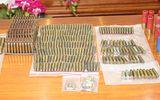 """An ninh - Hình sự - Phát hiện 28 khẩu súng, gần 2.000 viên đạn trong nhà """"trùm"""" cho vay nặng lãi"""
