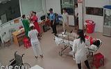Tin trong nước - Lời kể của nữ bác sỹ trực cấp cứu bị người nhà bệnh nhân vây đánh