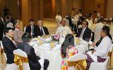 Tổng Bí thư Nguyễn Phú Trọng gặp các DN Việt Nam và Myanmar
