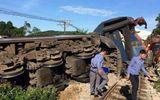 Tàu hỏa chạy Hà Nội đi Sài Gòn bị húc chệch đường ray
