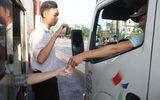 Tài xế dùng tiền lẻ mua vé, BOT tuyến tránh Biên Hòa buộc phải xả trạm vì ùn tắc