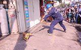 """Bắt chó thả rông: Vất vả vì chó """"quá nhanh, quá nguy hiểm"""""""