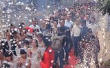 Ly kỳ đám cưới kéo dài 28 ngày của đại gia Hà Nội với người vợ kém… 52 tuổi
