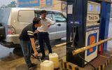 Tin tức - Yêu cầu đóng cửa cây xăng tự ý nâng giá bán sau cơn bão số 10