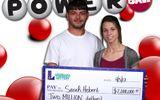 Tin tức - Bà mẹ 3 con trúng giải Jackpot hơn 45 tỷ nhờ chọn số theo sinh nhật người thân