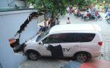 Tin trong nước - Đâm sập bức tường ở Hà Nội, lái xe bị đòi bồi thường 200 triệu đồng